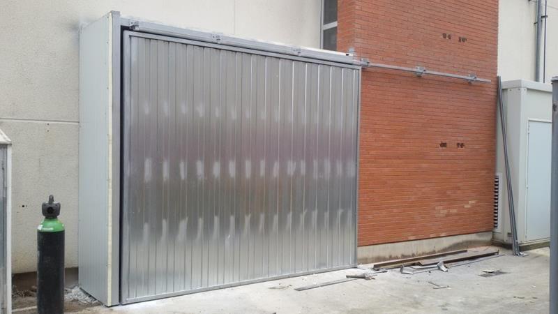 Cerramiento y huecos puertas instalacion de puertas - Puertas correderas colgadas ...